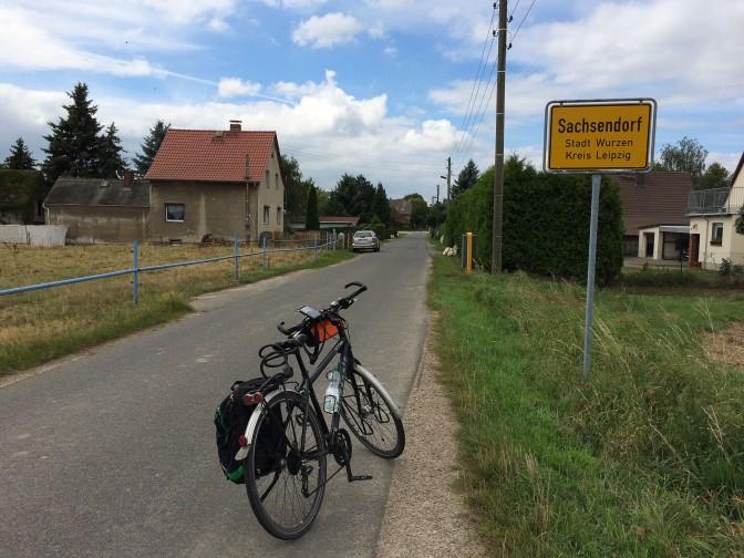 Tempo - 28 Sachsendorf Schild Rad